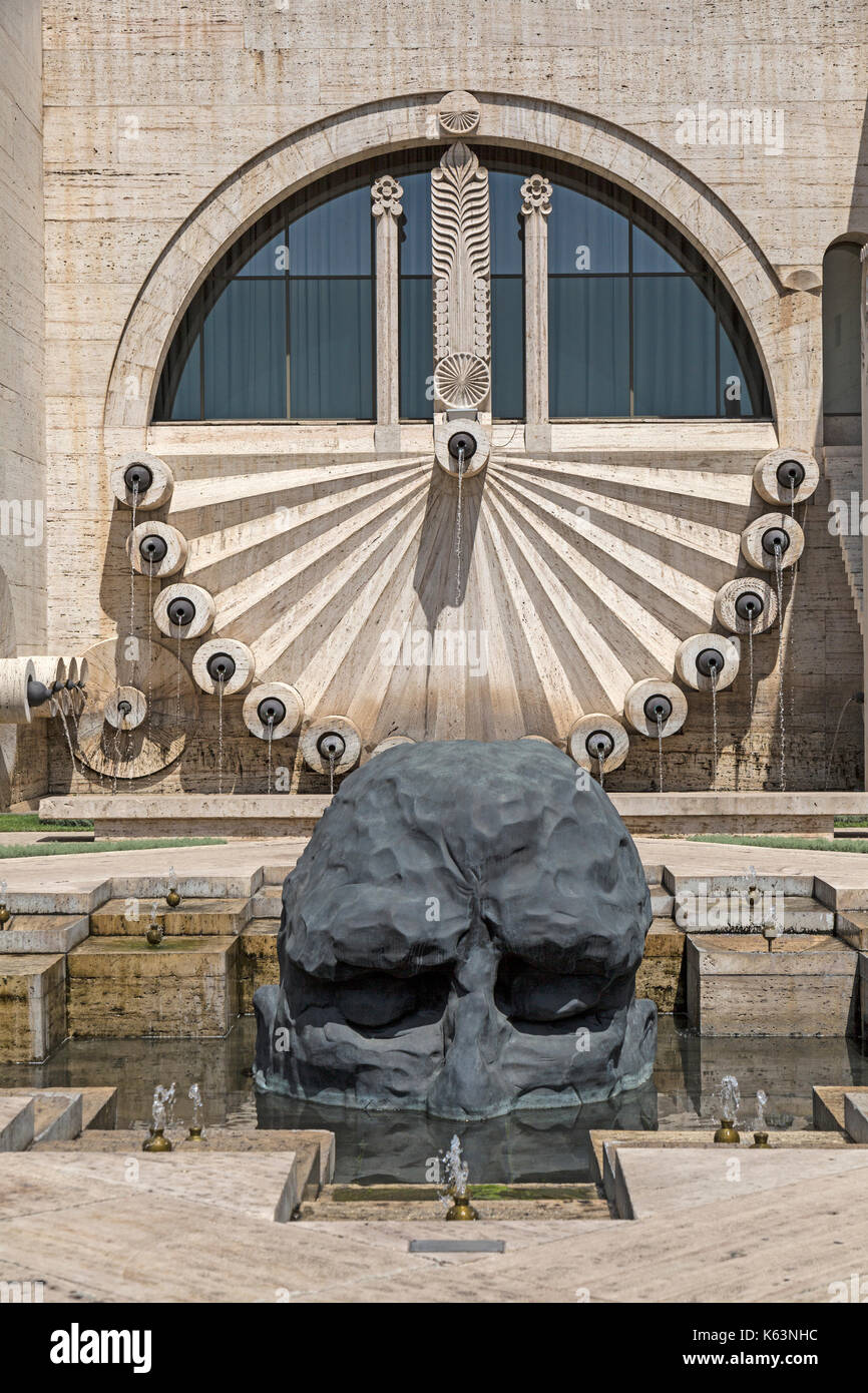 Sculpture entitled The Visitor by artist David Breuer-Weil, part of the Cascade Museum of Art in Yerevan, Armenia. - Stock Image