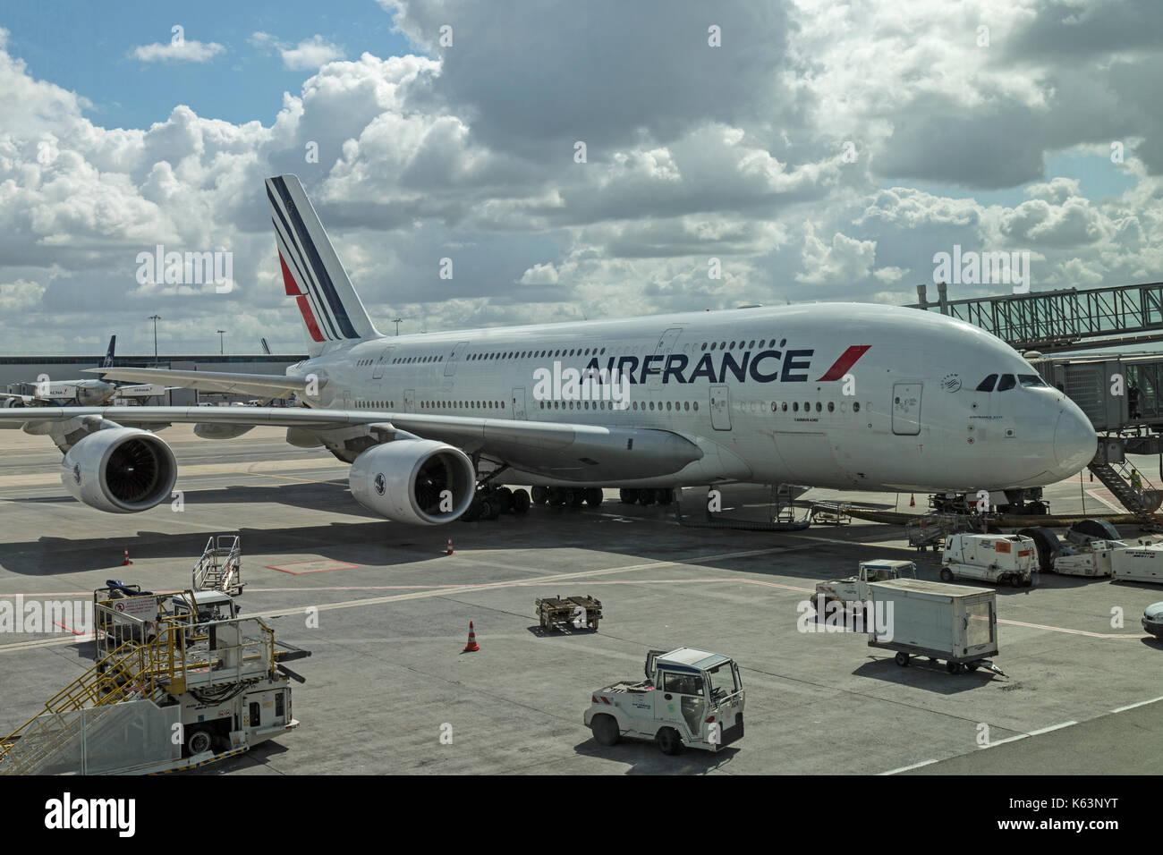 Car Hire Charles De Gaulle Airport Terminal E