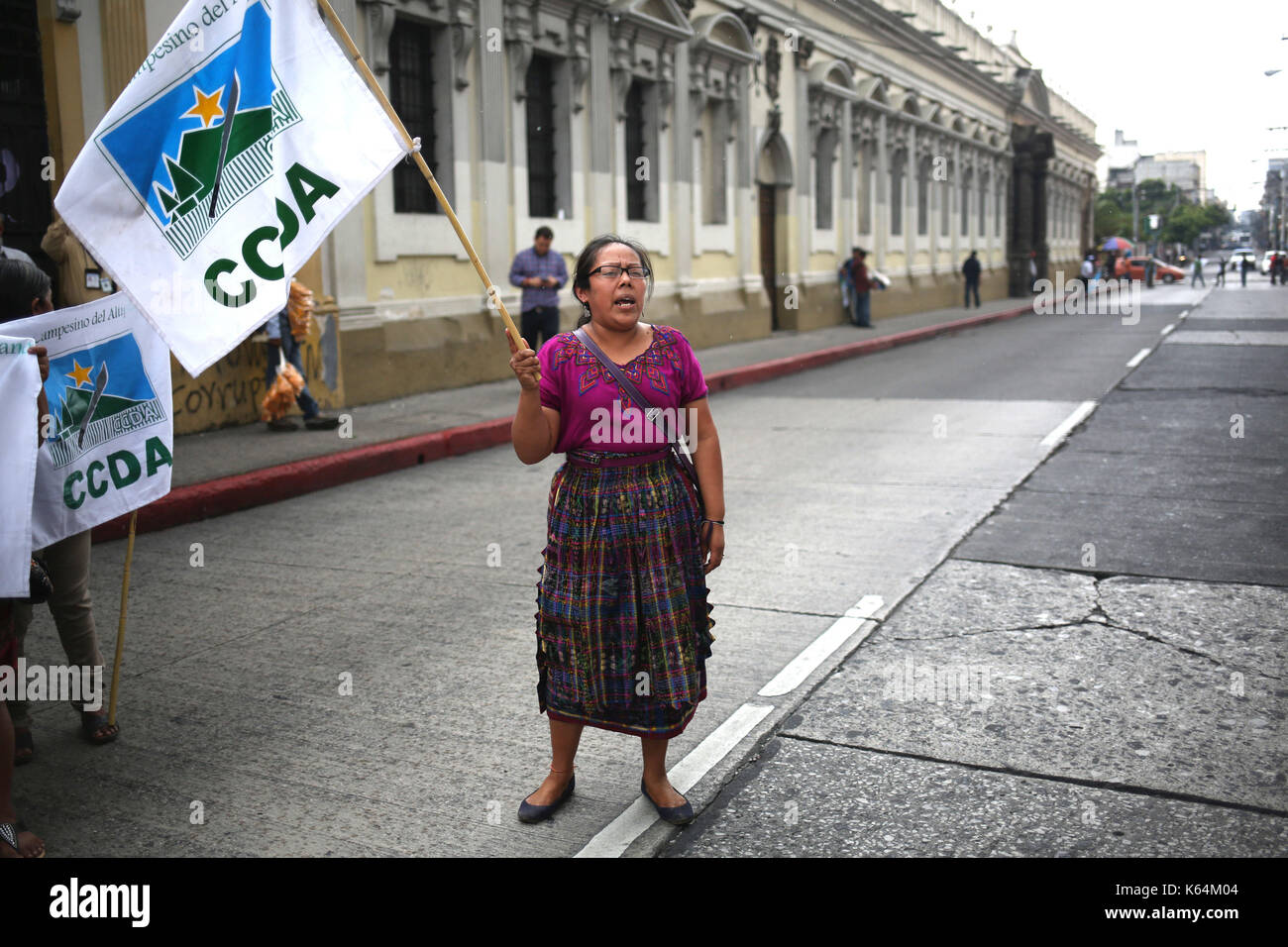 A group of protestors demand that deputies remove the privilege of Guatemalan President Jimmy Morales, as recommended by the legislative commission appointed by the Guatemalan Congress, to investigate Morales in pre-trial, in Guatemala City, Guatemala, 11 September 2017. The decision to take Morales' privilege after suspicions of illicit electoral funding is in the hands of 158 deputies of the Congress. EFE/Esteban Biba - Stock Image