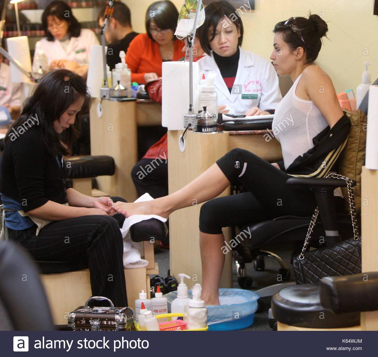 Kim Kardashian. Kim Kardashian was spotted at the Nail Salon in ...