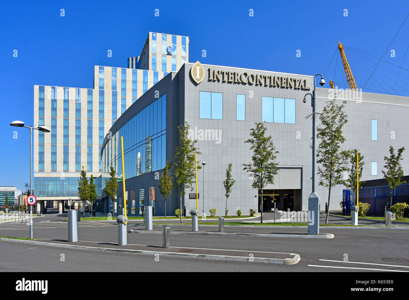 Intercontinental Hotels Group purpose built O2 hotel between River Thames & millenium dome O2 entertainment complex on Greenwich Peninsula England UK - Stock Image