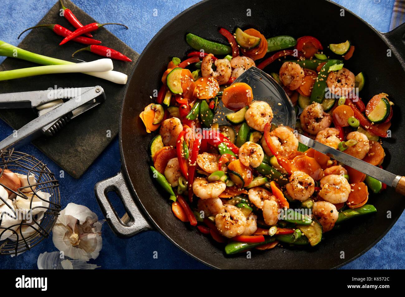Honey hoisin shrimp stir fty - Stock Image