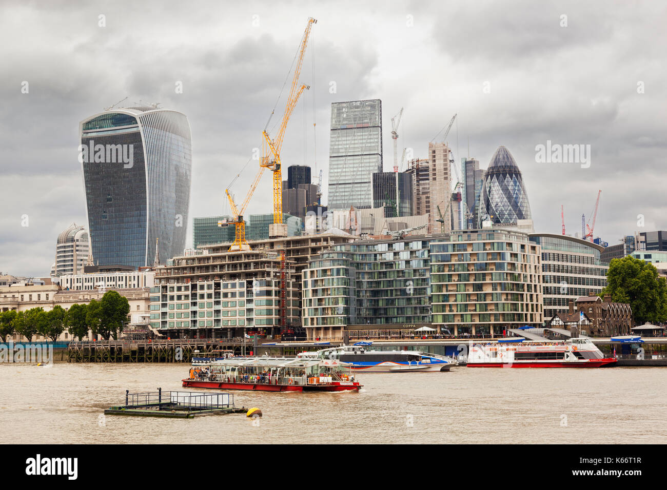 Dismantling works in the city, London, UK, on a stormy sky; as a concep of the Brexit - Stock Image