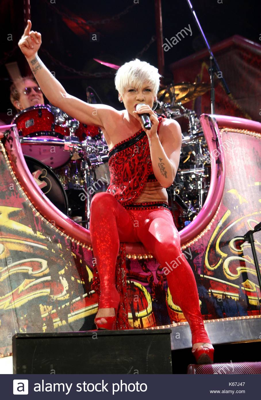 So What Does 20g Of Protein Look Like: Pink. P!nk Recently Scored Her Second UK No.1 With Her