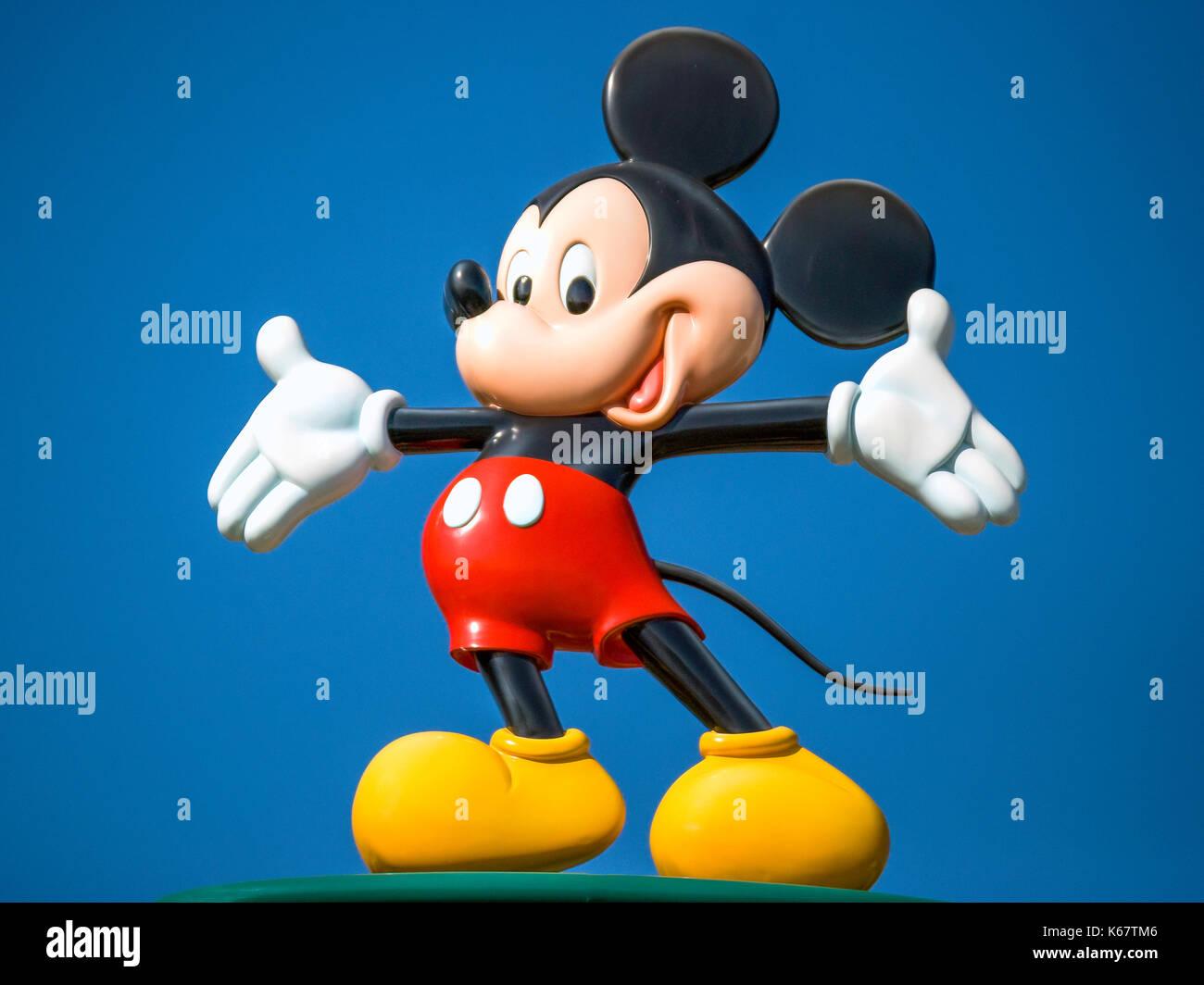 Disney's Mickey Mouse character at Hong Kong Disneyland Resort entrance, Lantau Island, Hong Kong, People's Republic of China - Stock Image