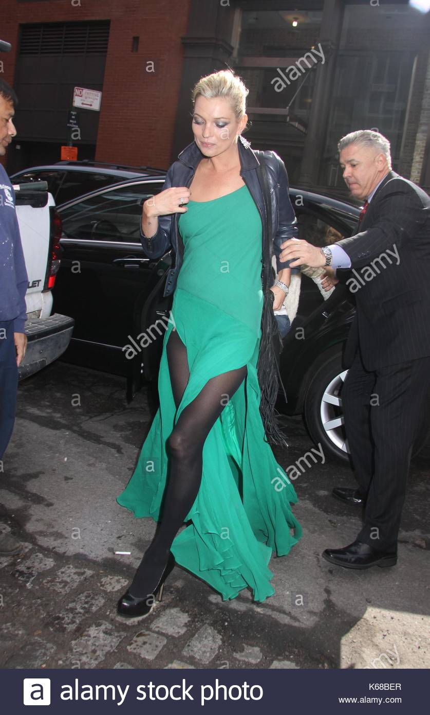 Green Evening Gown With Front Splits Stock Photos & Green Evening ...