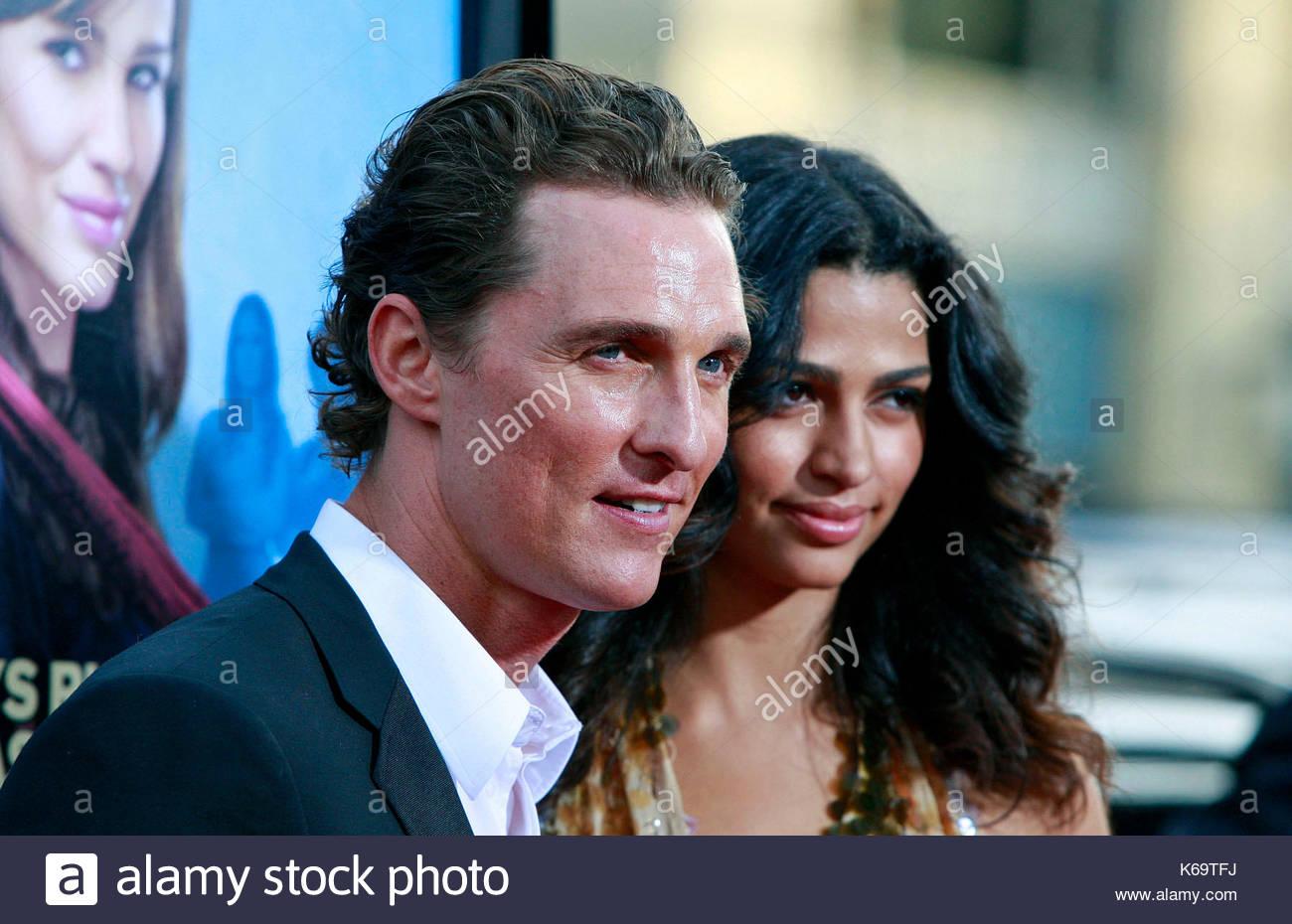 Matthew McConaughey And Camila Alves Actress Jennifer Garner Looks Stock Photo 158798070