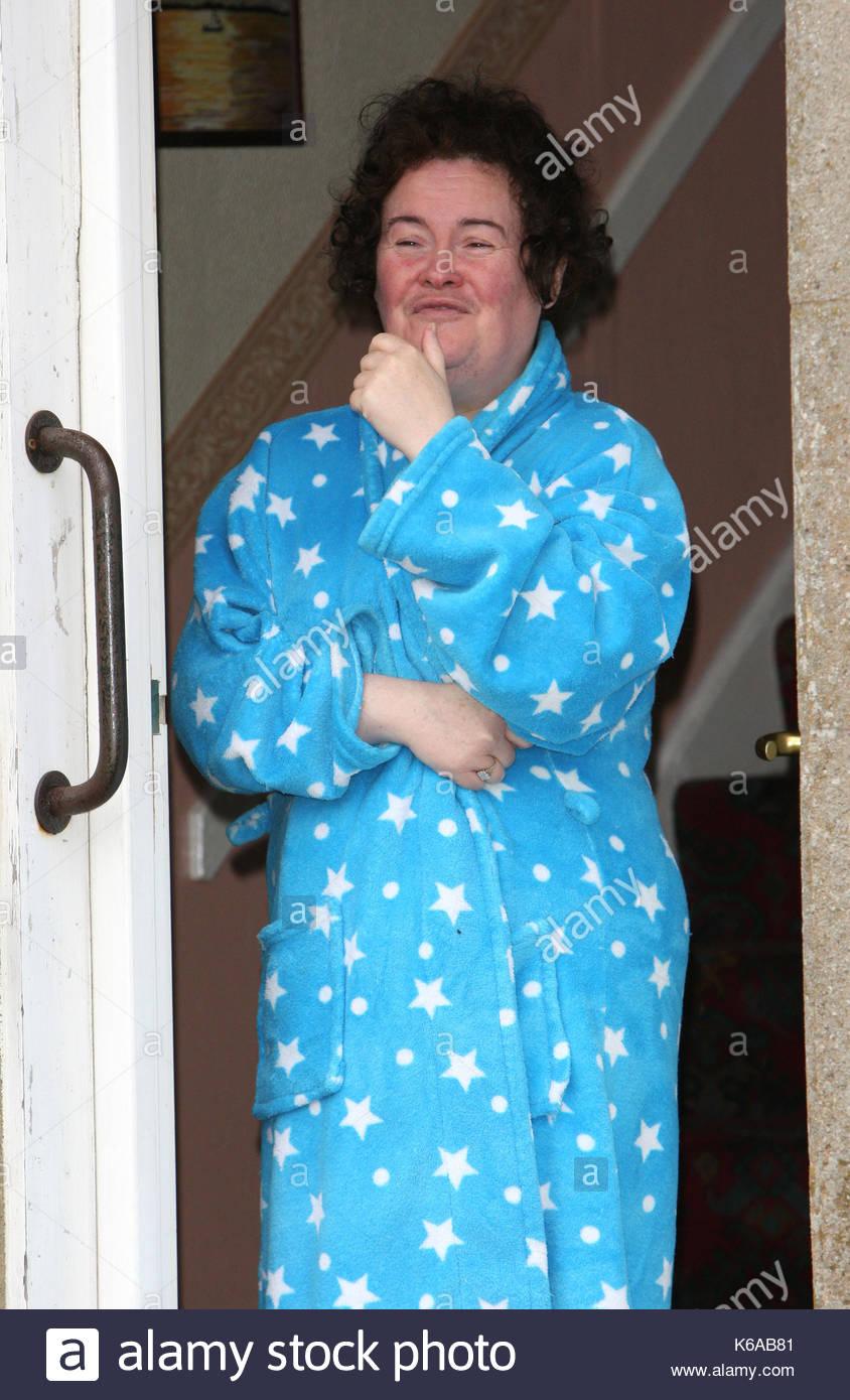 Susan Boyle Susan Boyle Appears On Her Doorstep In Blackburn