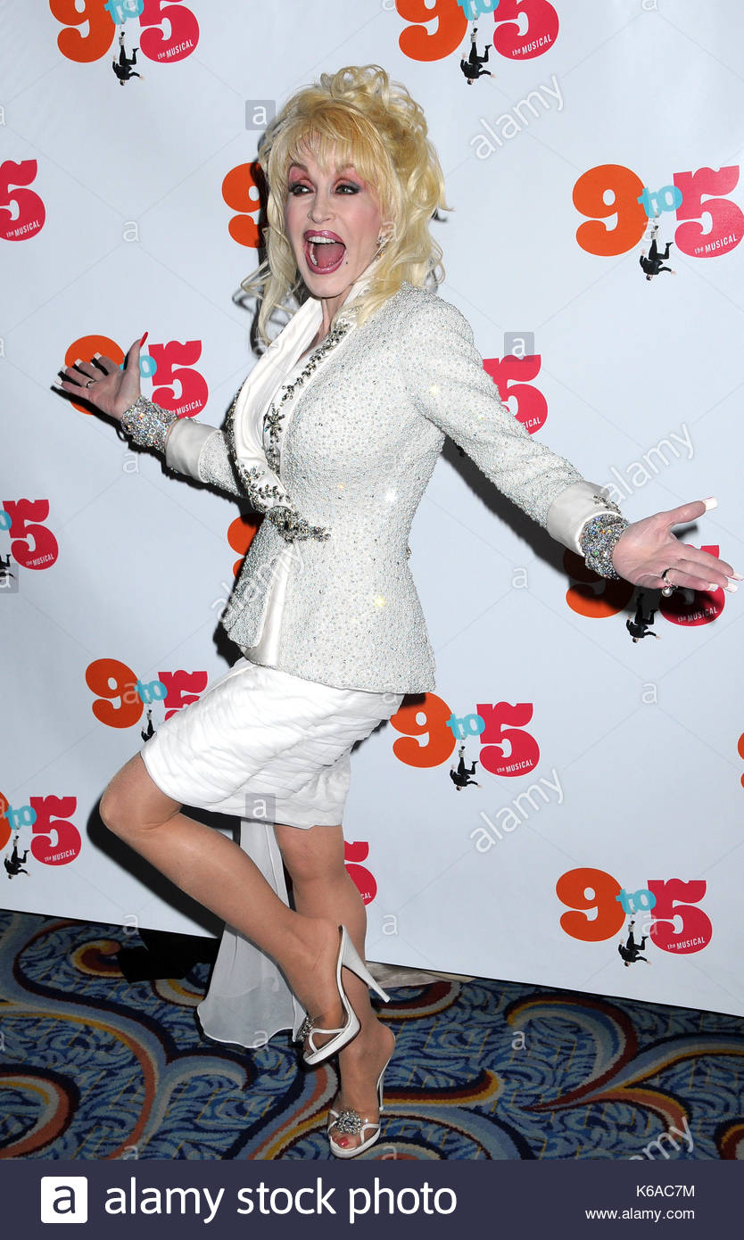 Dolly Parton And The Original Castmates From 9 To 5 Movie Attend Broadway Opening For At Marriott Marquis Theatre