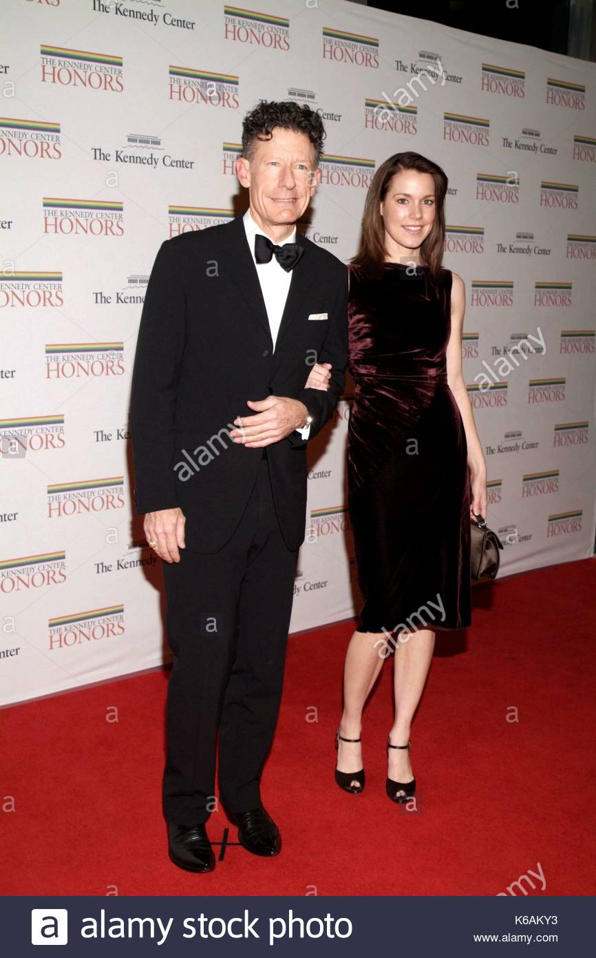 Lyle Lovett and April Kimble arrive at the 30th Annual ...