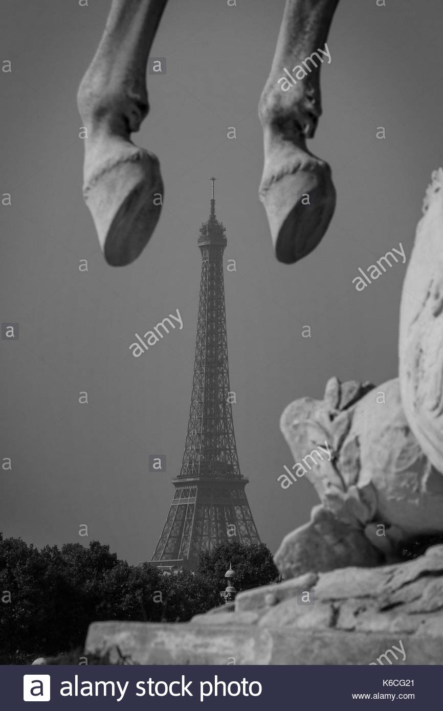 The Eiffel Tour under the horse's hooves - Stock Image