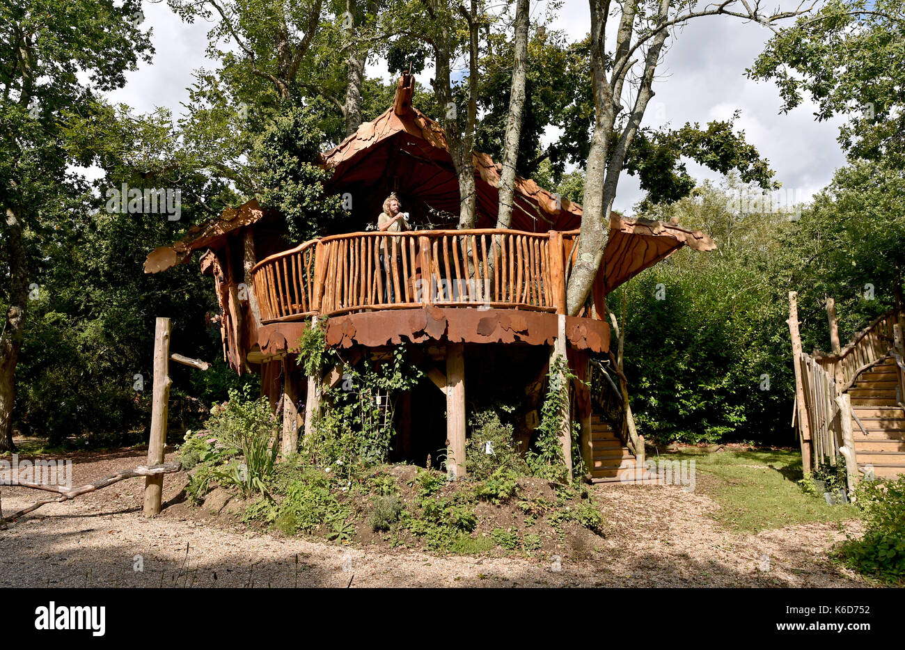 Ditchling Sussex, UK. 12th Sep, 2017. A new tree house has been unveiled at Blackberry Wood campsite near Ditchling in Sussex . The new upmarket tree house called Piggledy has been built by campsite owner Tim Johnson (pictured) and is larger than the original next door tree house called Higgledy . Credit: Simon Dack/Alamy Live News - Stock Image