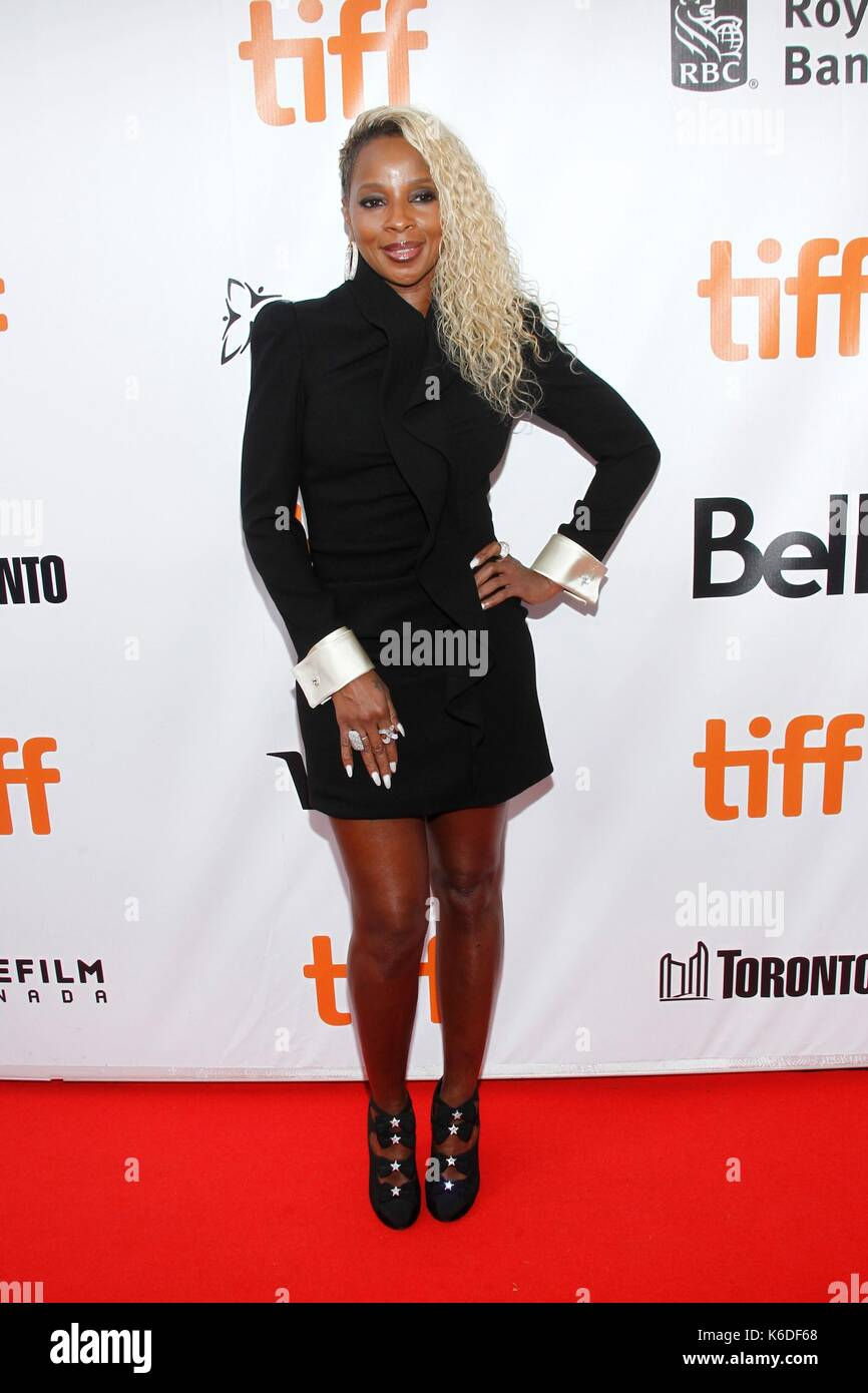 Toronto, ON. 12th Sep, 2017. Mary J. Blige at arrivals for MUDBOUND Premiere at Toronto International Film Festival Stock Photo