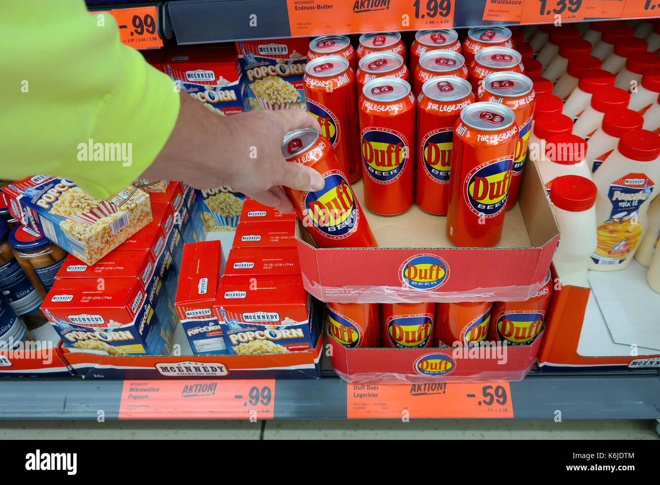 A can of Legendary Duff Beer, manufactured by Duff Beverage - Stock Image