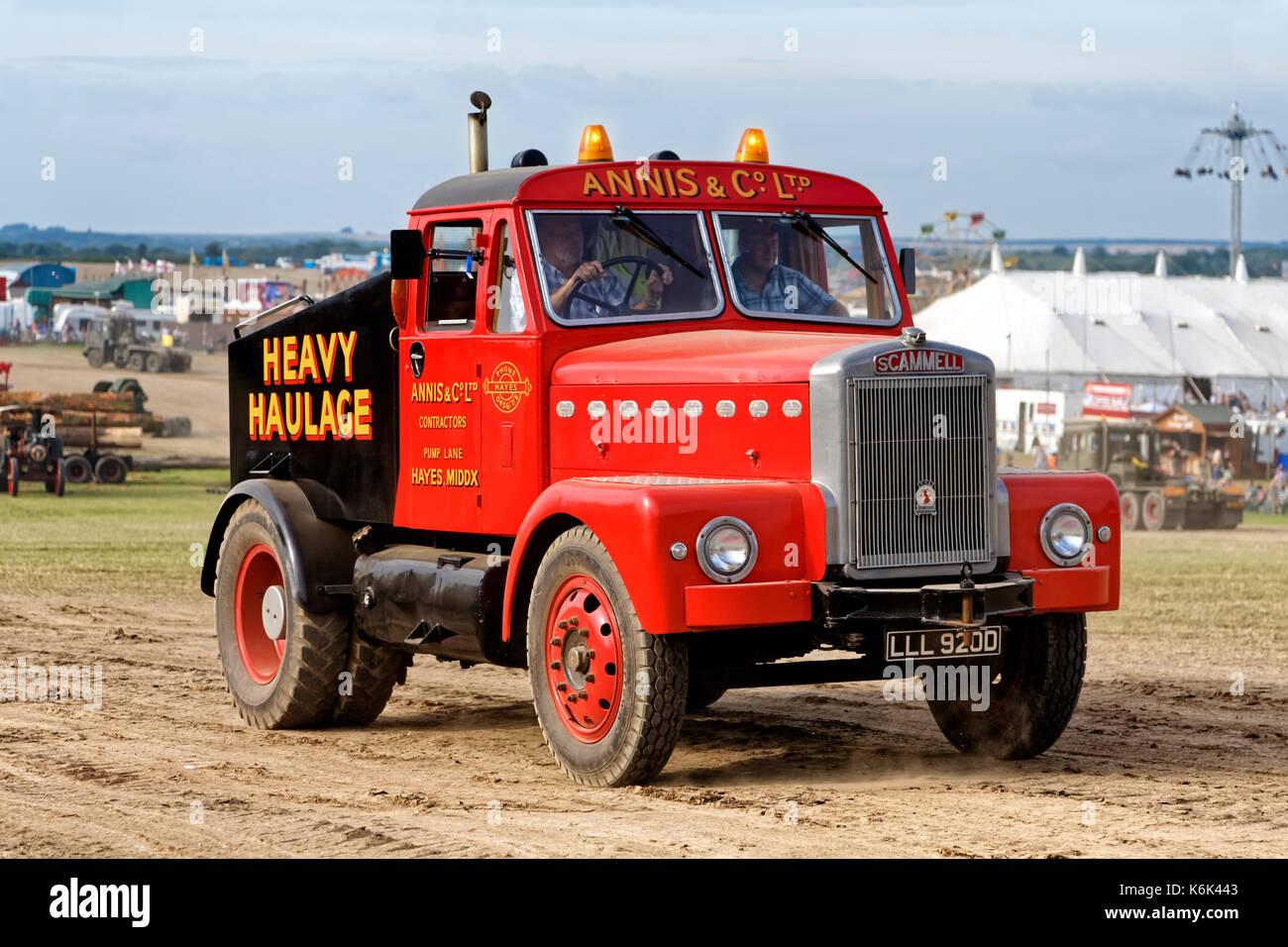 Vintage Heavy Haulage Lorry Stock Photos & Vintage Heavy Haulage ...