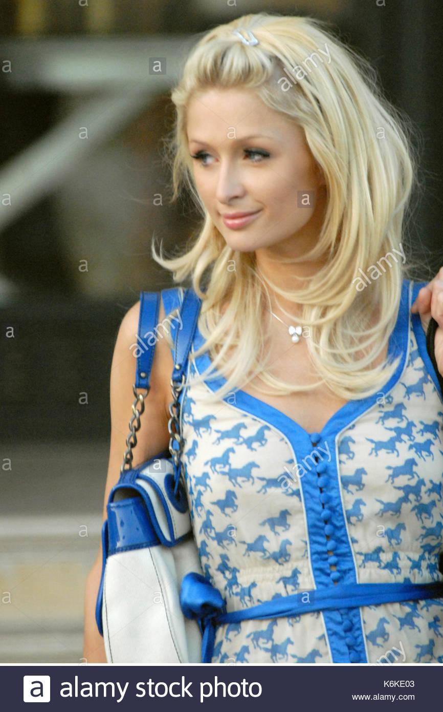 Paris Hilton Paris Hilton With New Hair Extensions Leaves Barneys