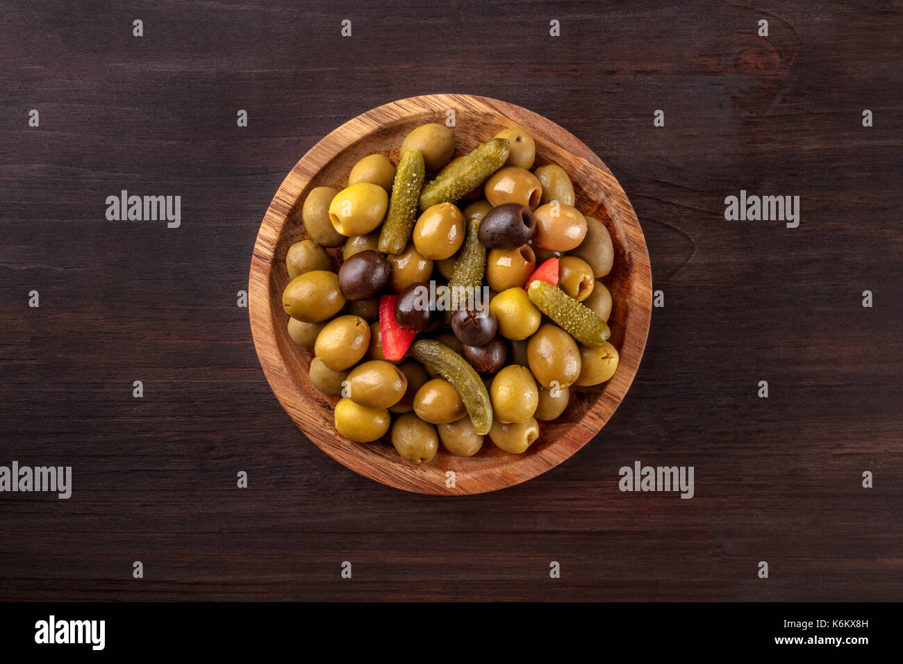 Overhead photo of pickled olives with copy space - Stock Image