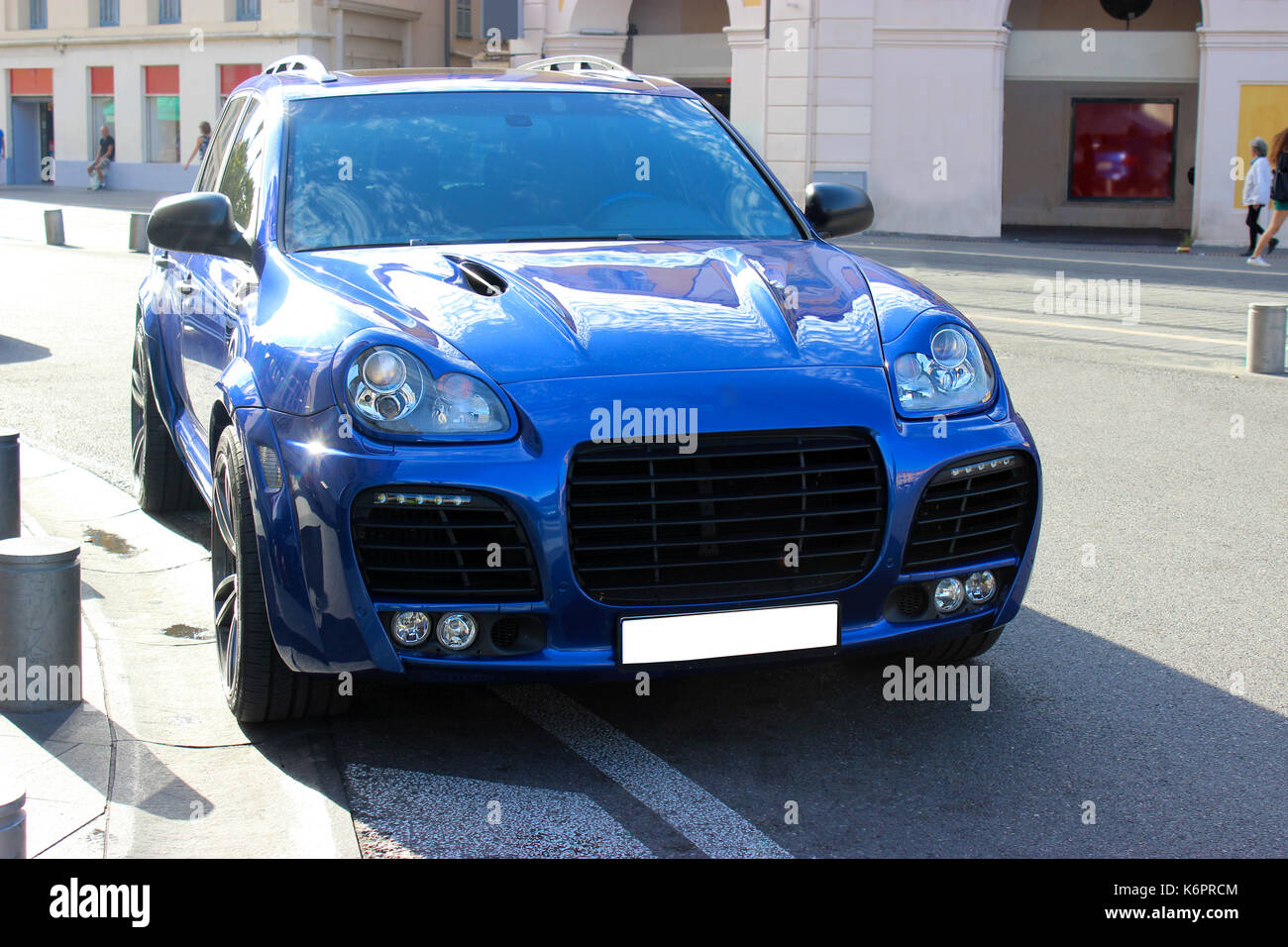 Blue Suv Tuning Stock Photo Alamy