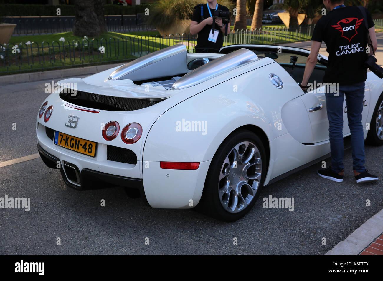 Monte Carlo, Monaco   May 17, 2016: White Supercar Bugatti Veyron 16.4