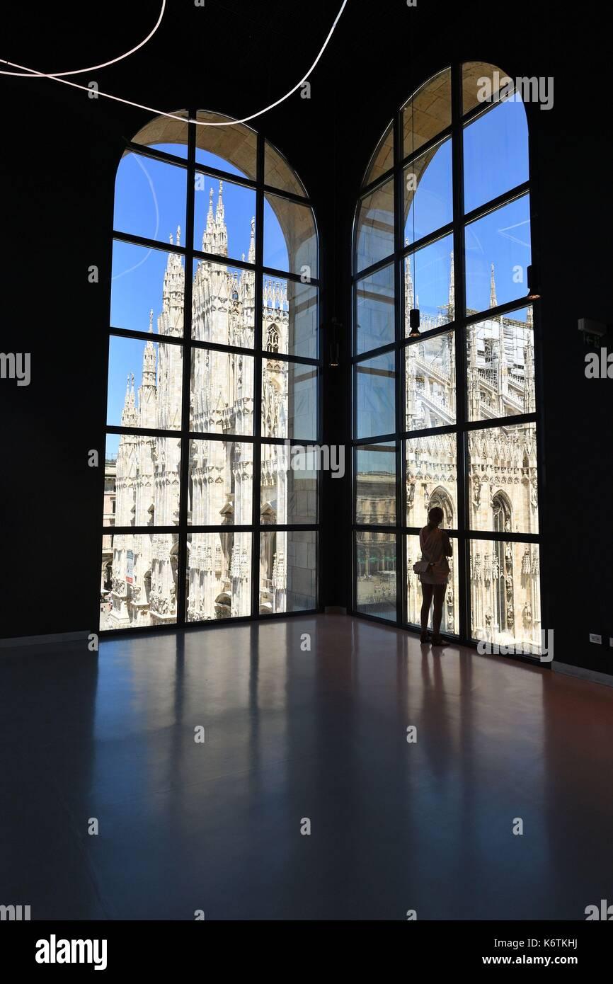 Museo Del 900 Milano.Italy Lombardy Milan Piazza Del Duomo Museo Del Novecento Open