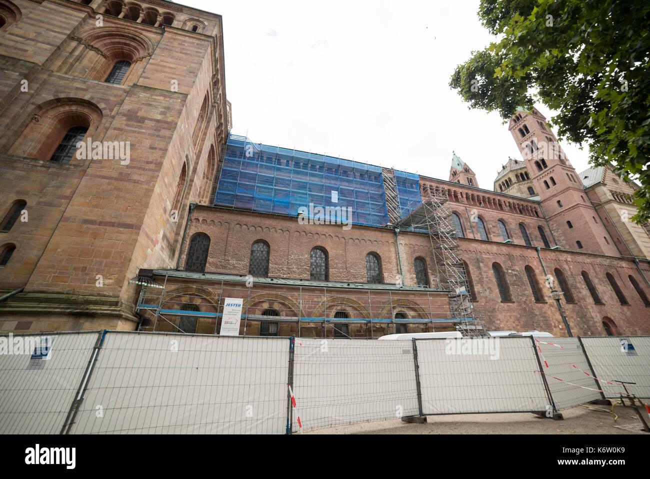Reisen, Deutschland, Rheinland-Pfalz, Speyer, Innenstadt, September 04. Restauration, Bauarbeiten an der Nordseite Stock Photo