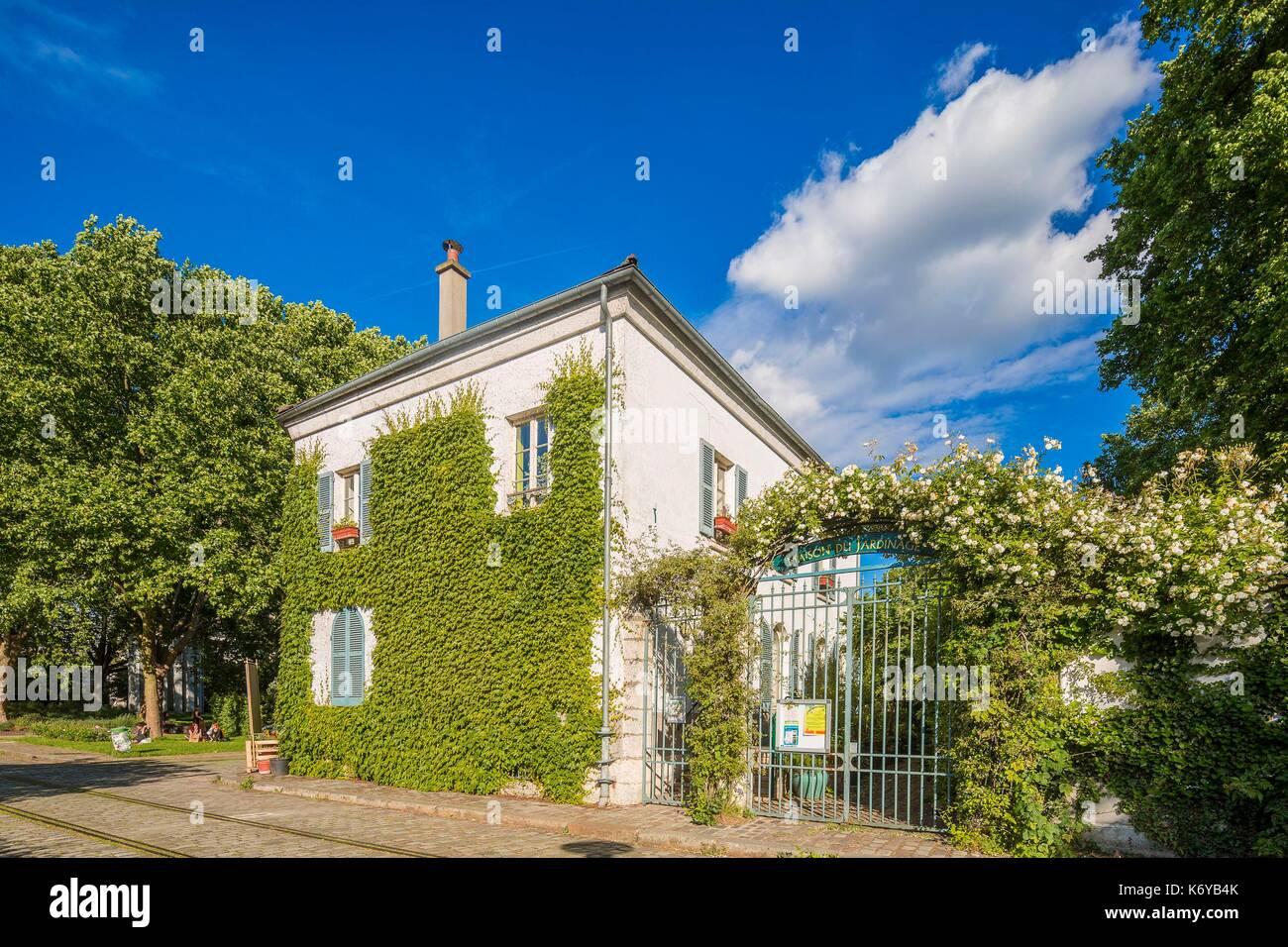 France, Paris, the Parc de Bercy, the Maison du Jardinage - Stock Image