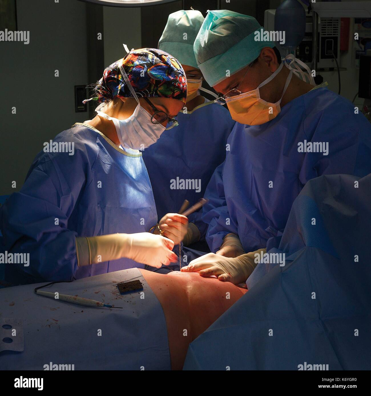 France, Haute Garonne, Toulouse, listed at Great Tourist Sites in Midi Pyrenees, Oncopole, University Institute of Cancerology of Toulouse, IUCT, surgical operation in an operating theater - Stock Image
