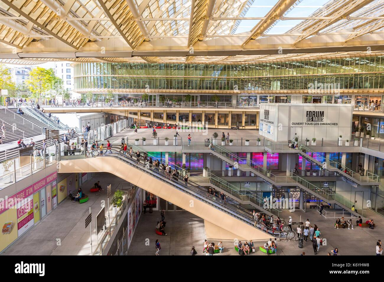 france paris the canopy of the forum des halles made of glass and stock photo 159187988 alamy. Black Bedroom Furniture Sets. Home Design Ideas