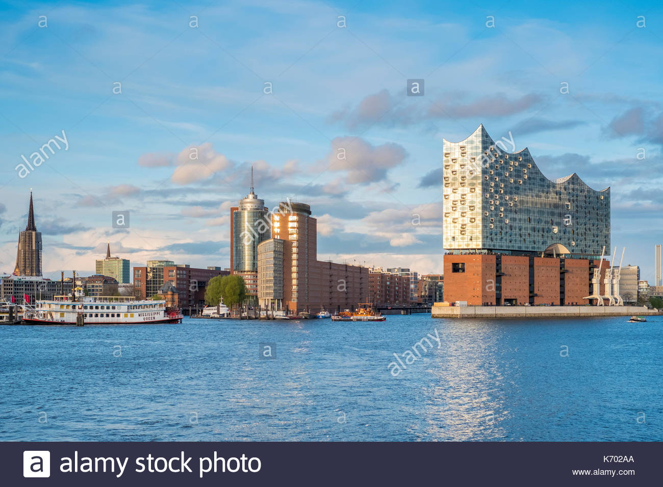 Germany, Hamburg. Elbphilharmonie (Elbe Philharmonic Hall) concert hall on the Elbe River and buildings in the HafenCity. Stock Photo