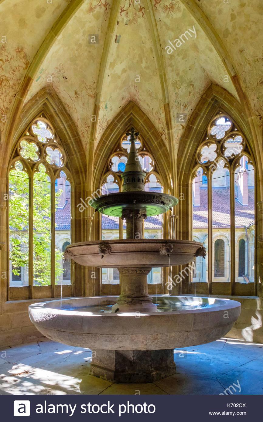 Germany, Baden-Württemberg, Maulbronn. Brunnenhaus (Lavatorium) of Kloster Maulbronn (Maulbronn Monastery), UNESCO World Heritage Site. Stock Photo
