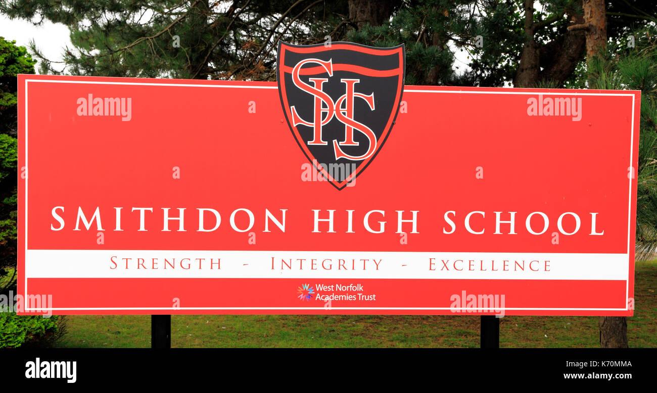 Smithdon High School, Hunstanton, Norfolk, Sign, Academes Trust, West Norfolk, England, UK, English, state education, schools - Stock Image