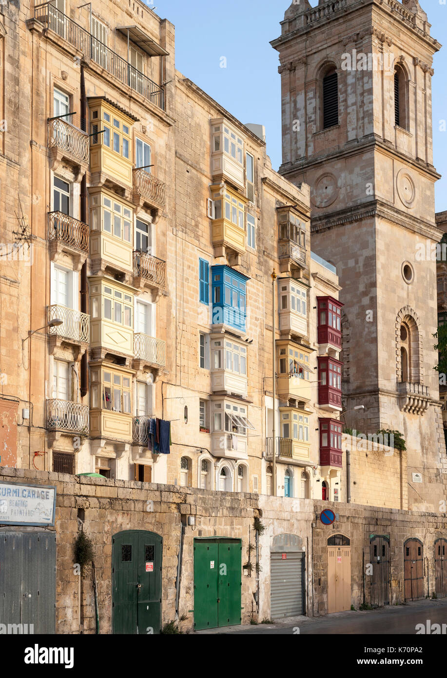 Buildings in the old town of Valletta, the capital of Malta. - Stock Image