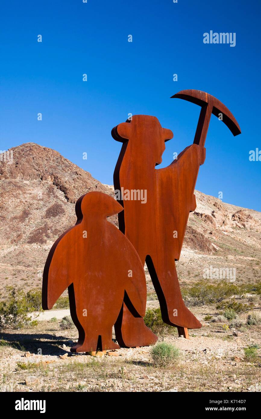 United States, Nevada, Great Basin, Beatty, Rhyolite Ghost Town, Goldwell Open Air Museum, Tribute to Shorty Harris by Fred Bervoets - Stock Image