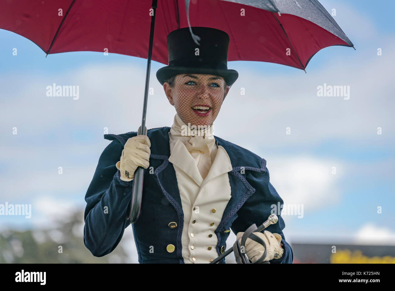 Blenheim Palace, Woodstock, UK. 14th Sep, 2017. Day 2 of Blenheim Palace Horse trials, Side sadle display by a bit on the side. Credit: Scott Carruthers/Alamy Live News - Stock Image