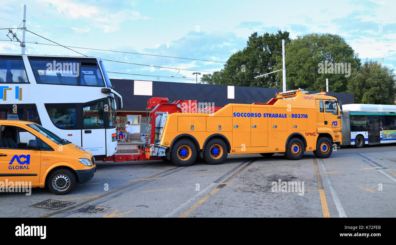 Forcone OMARS 120T recovery wrecker. Roadside assistance, Soccorso stradale, ACI Global - Stock Image