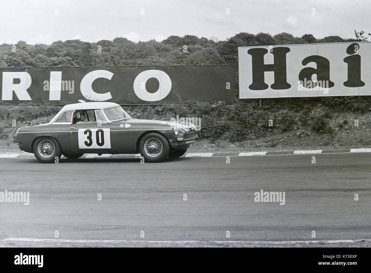 Mgb Racing Stock Photos & Mgb Racing Stock Images - Alamy