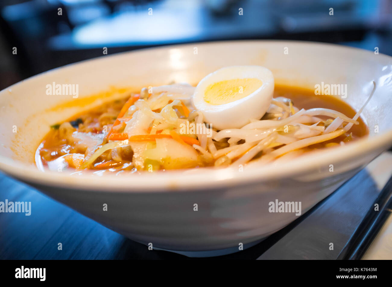 how to make hard boiled eggs in ramen
