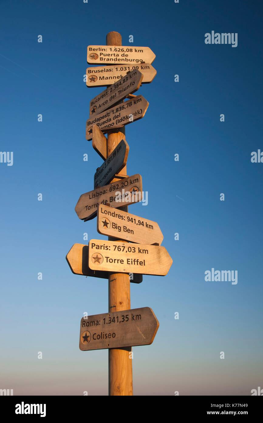 Spain, Cantabria Region, Cantabria Province, Santander, Pena Cabarga mountain, signpost, dawn Stock Photo