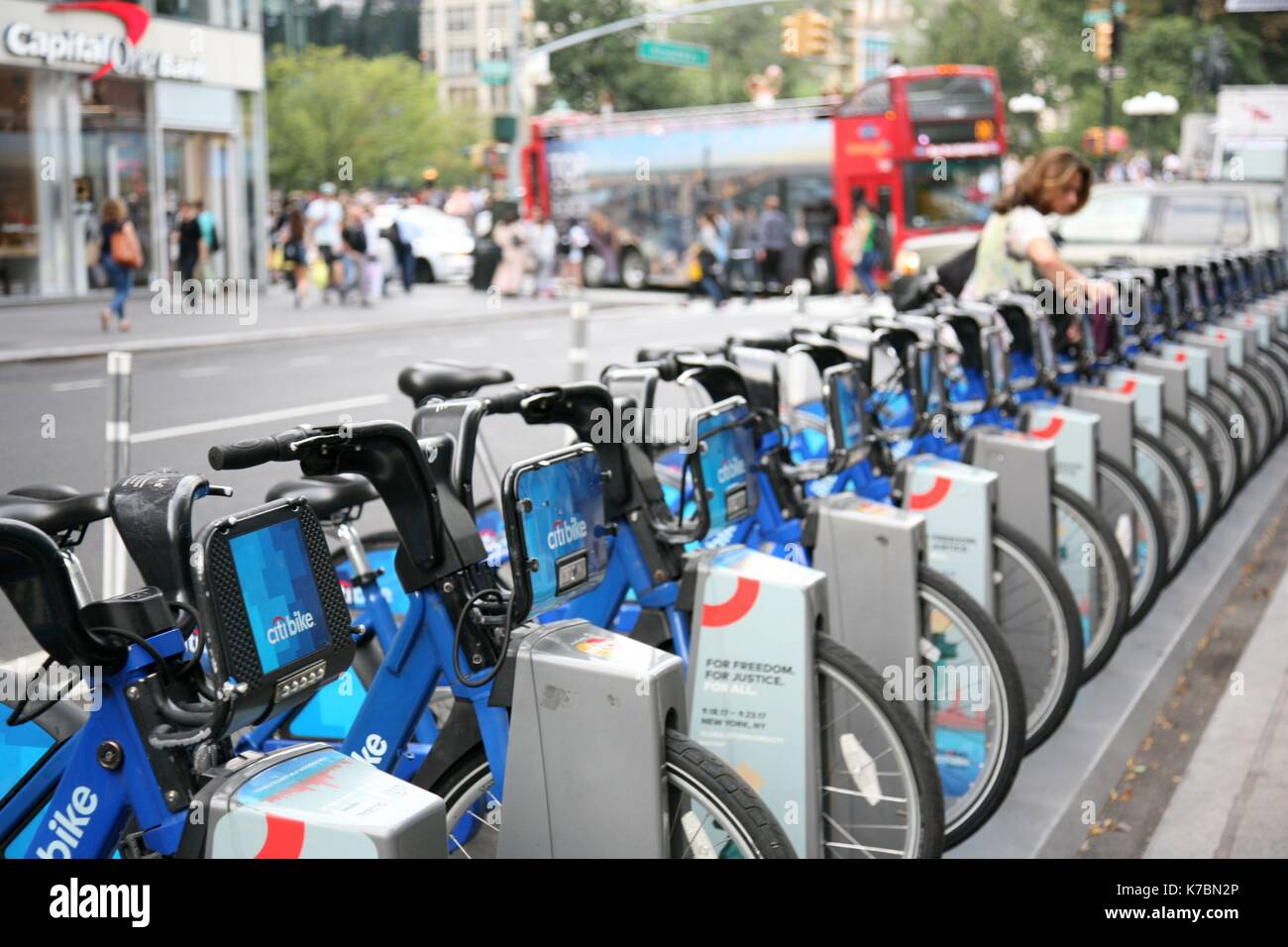 New York, US. 15th Feb, 2017. Citi Bike rental rack in New York City. © 2017 G. Ronald Lopez /DigiPixsAgain.us/Alamy Stock Photo