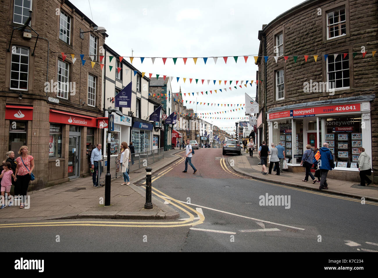 The main Castle Street in the centre of the Lancashire town of Clitheroe - Stock Image