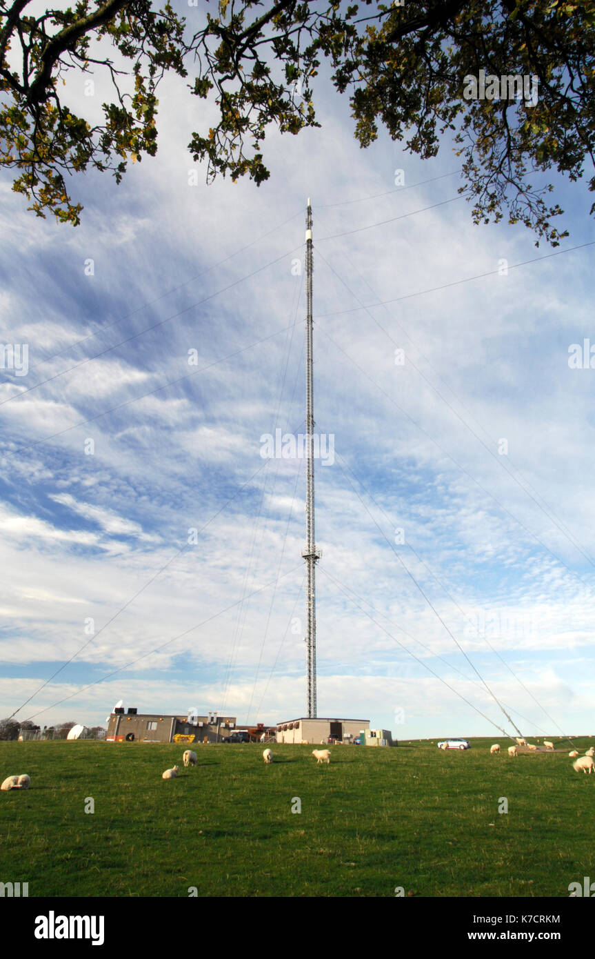 The telecommunications tc and radio transmitter mast at Selkirk in Scotland. - Stock Image