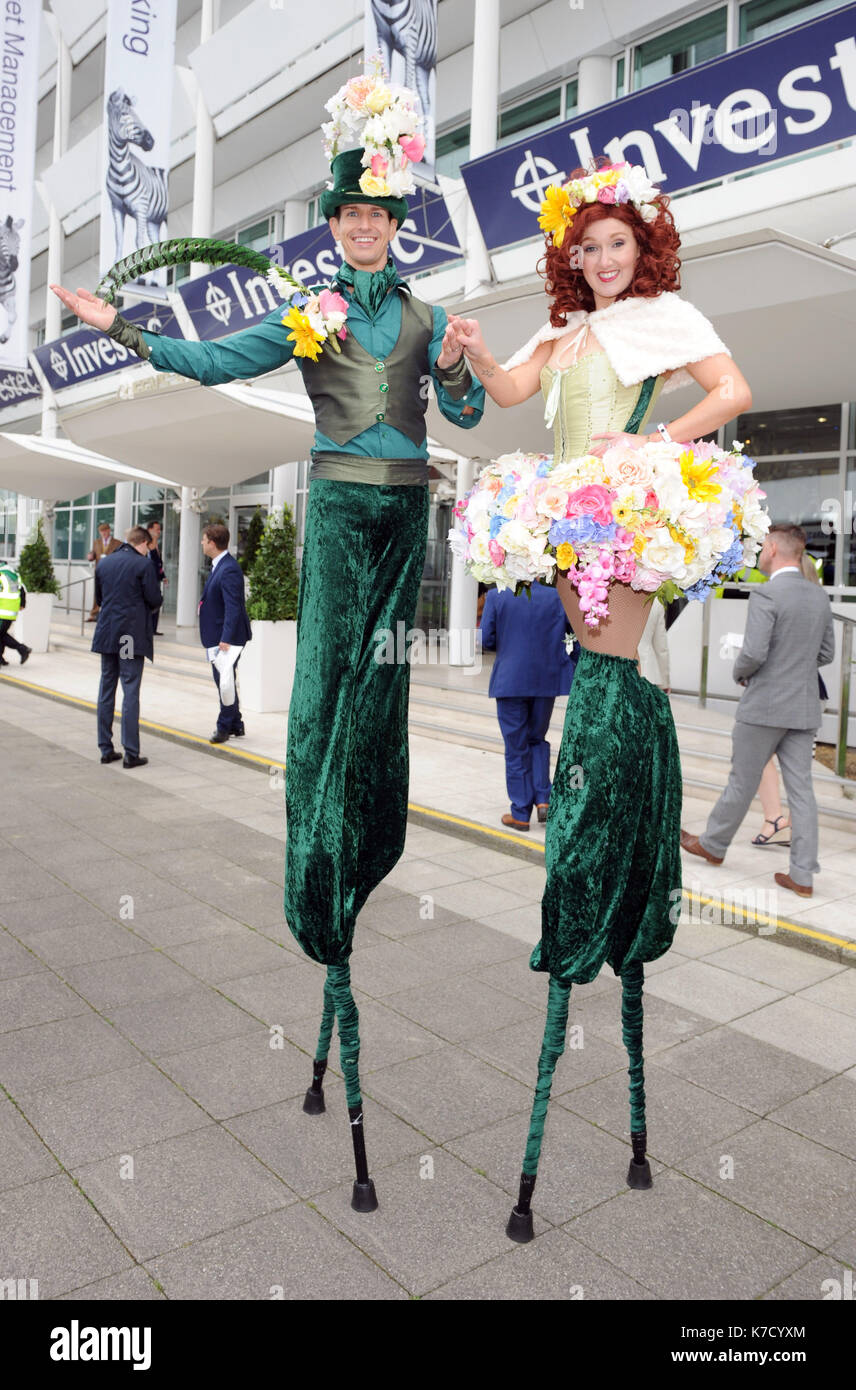 Photo Must Be Credited ©Alpha Press 079965 03/06/2016 Stilt Walkers at Ladies Day during The Investec Derby Festival 2016 at Epsom Downs Racecourse in Epsom, Surrey. - Stock Image