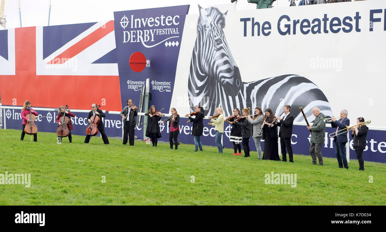 Photo Must Be Credited ©Alpha Press 079965 04/06/2016 Atmosphere at Derby Day during The Investec Derby Festival 2016 at Epsom Downs Racecourse in Epsom, Surrey. - Stock Image