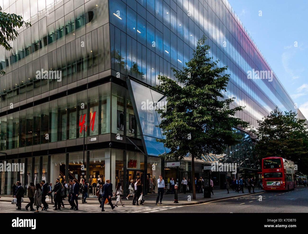 One New Change Shopping Centre, Cheapside, London, UK - Stock Image
