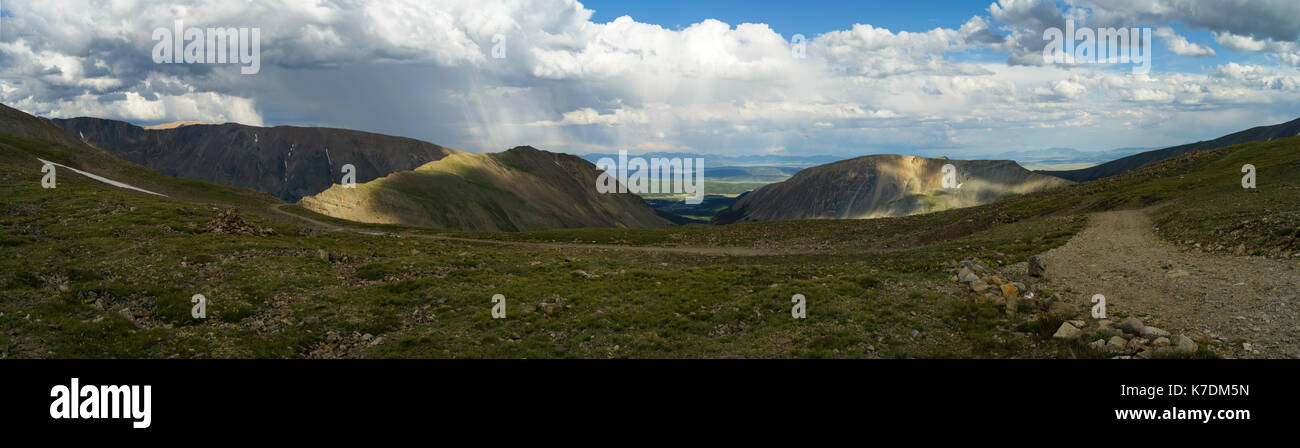 Panoramic view of Mosquito Pass in the Rocky Mountains, looking eastward toward Fairplay, Colorado, USA. - Stock Image