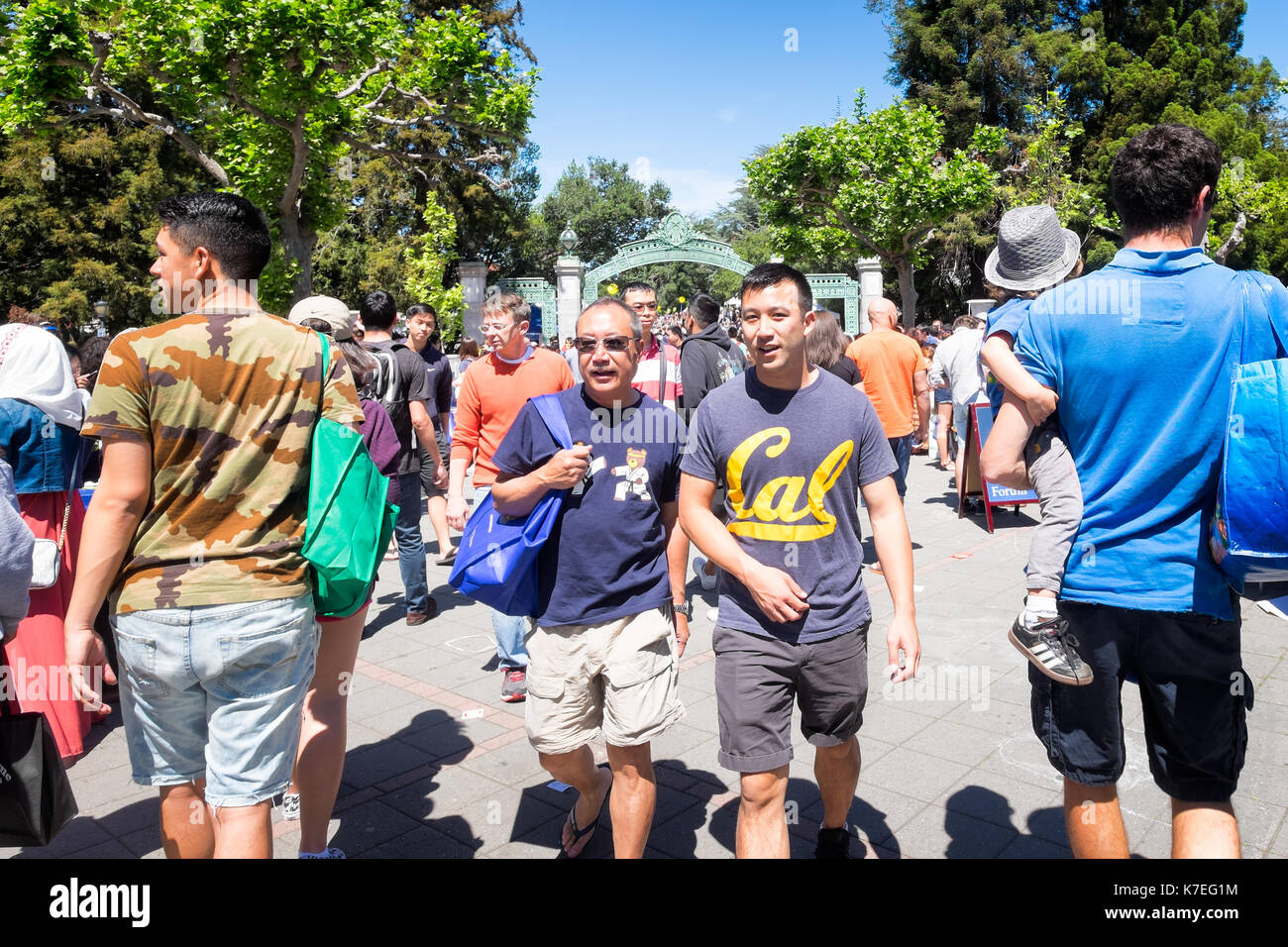 University of California Berkeley crowds of alumni, students and visitors on campus for Cal Day, the annual open Stock Photo