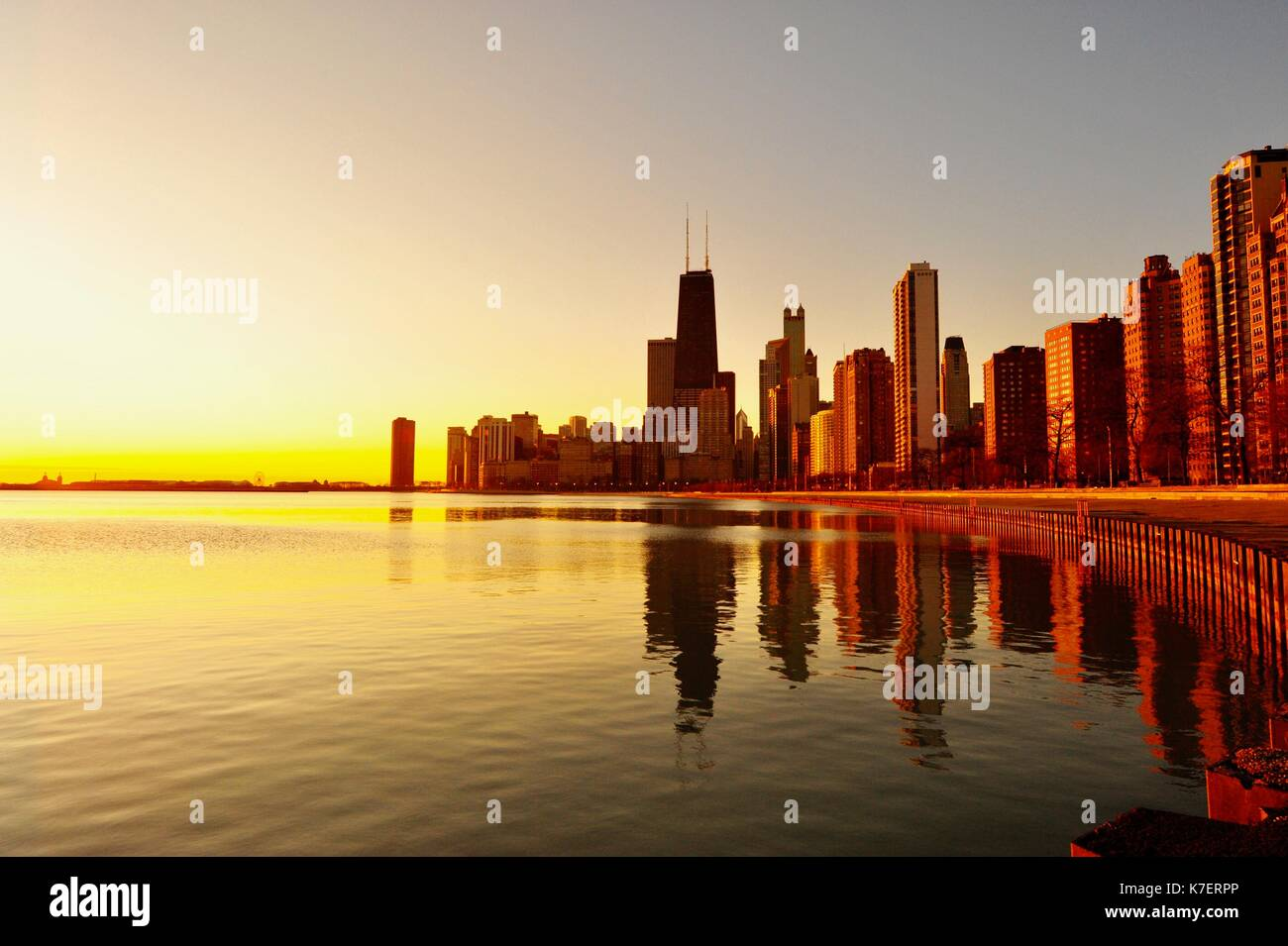 Chicago during sunrise on Christmas morning - Stock Image