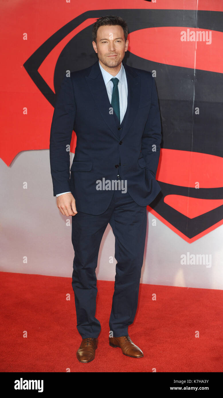 Photo Must Be Credited ©Kate Green/Alpha Press 079965 22/03/2016 Ben Affleck Batman V Superman Dawn  Of Justice European Premiere Leicester Square London - Stock Image