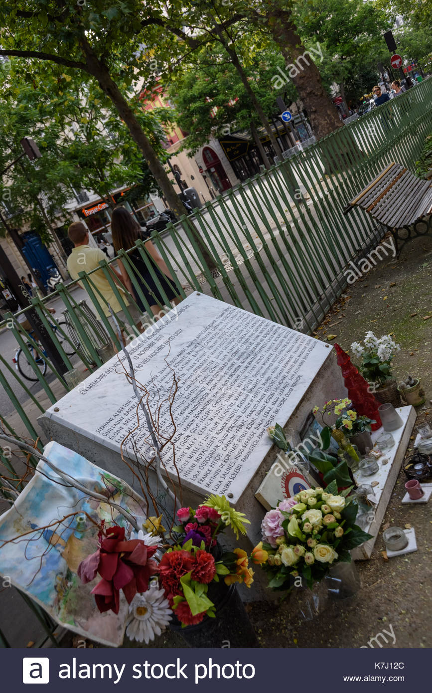 Paris, Bd Richard Lenoir, Mahnmal für den Anschlag auf Bataclan, Monument for the Victims of the Bataclan Attack (Terroranschlag auf das Lokal Batacla - Stock Image