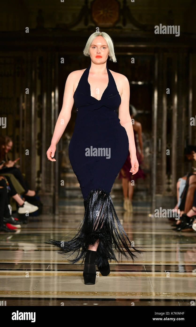 Fast mark ss london fashion week recommend dress for spring in 2019
